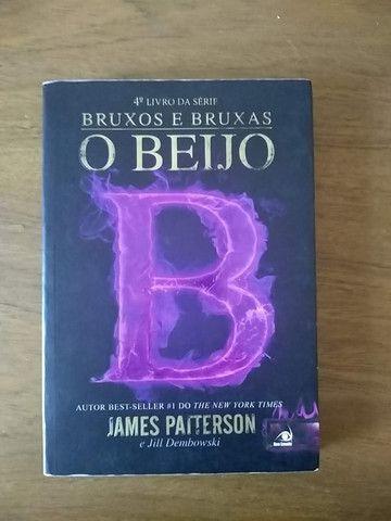 Saga Bruxos e Bruxas - James Patterson - Foto 2
