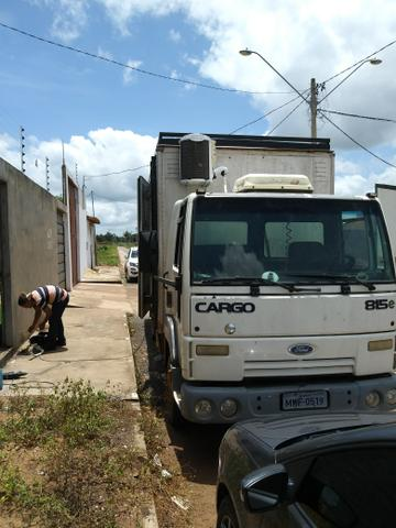Ford cargo 815 ano 2006