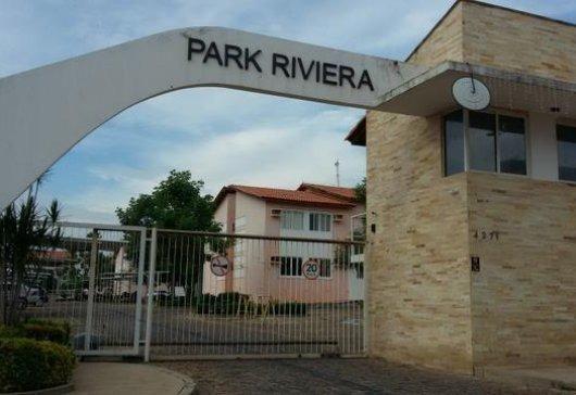 Apartamento no Condomínio Park Riviera