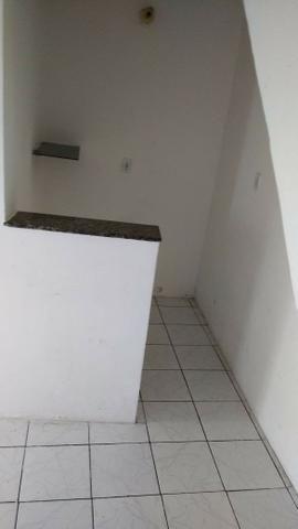 Sobrado com 2/4 no Iapi-Salvador - Foto 7
