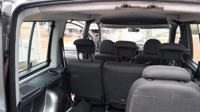 Fiat Doblo 1.8 6 passageiro com Motorista - Foto 9