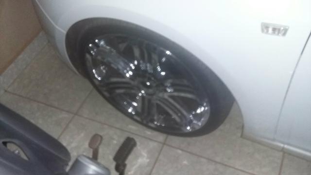 Vendo rodas aro 20.pneus 225/35.pneus todos novos - Foto 4