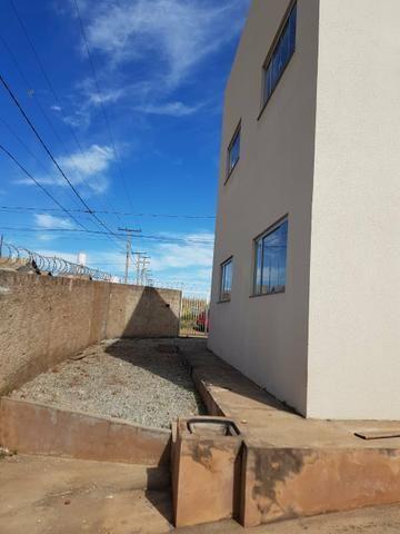 Apartamento 2 Qts, Sala, Cozinha, Banheiro, Área de Serviço e Garagem - Foto 6