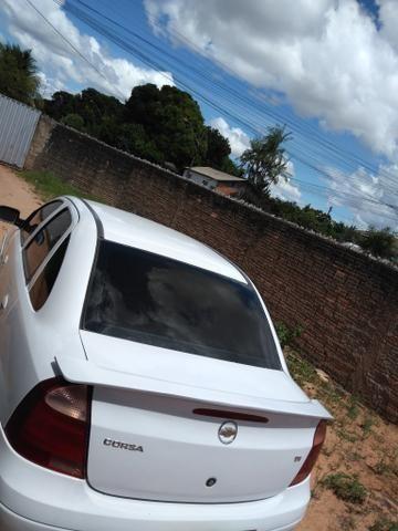 Vende se ou troca Corsa sedan Premium - Foto 2