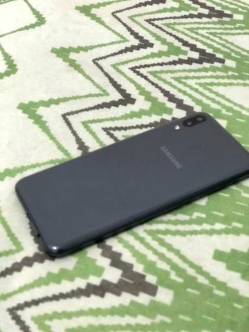 Samsung Galaxy M20 64GB, semi novo - Foto 3