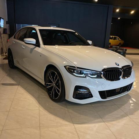 BMW 320i 2.0 Turbo M Sport - Foto 2