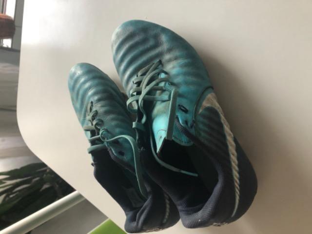Chuteira Nike - usado