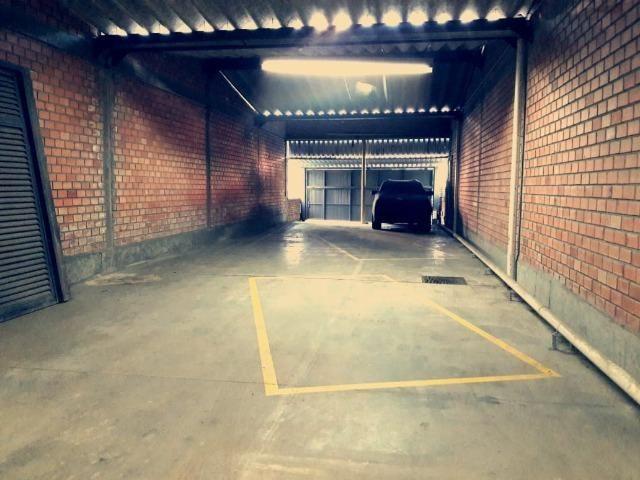 Depósito/Estacionamento, 100m da Goethe, Moinhos