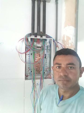 Eletricista em geral/Pedreiro/Bombeiro hidráulico e pintor - Foto 2