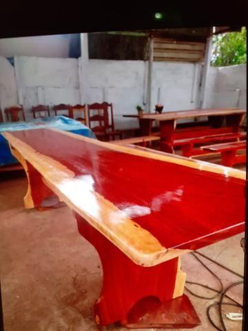 Mesas rústicas com bancos - Foto 3