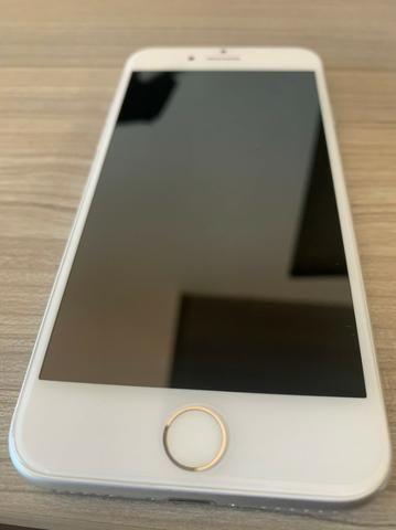 IPhone 8 64GB Desbloqueado em ótimo estado!
