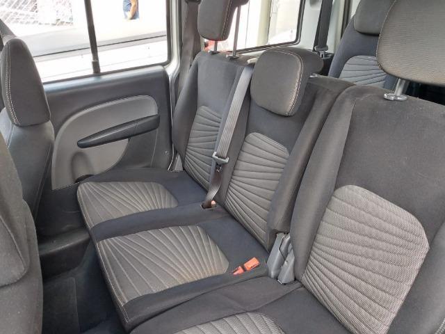 Fiat Doblo Essence 1.8 7 Lugares Com Baixa KM - Foto 6
