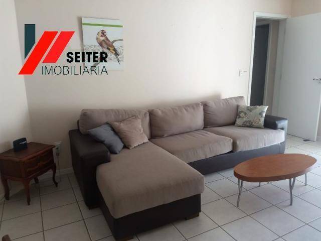 Apartamento mobiliado de 2 dormitorios suite e sacada com churrasqueira no itacorubi - Foto 12