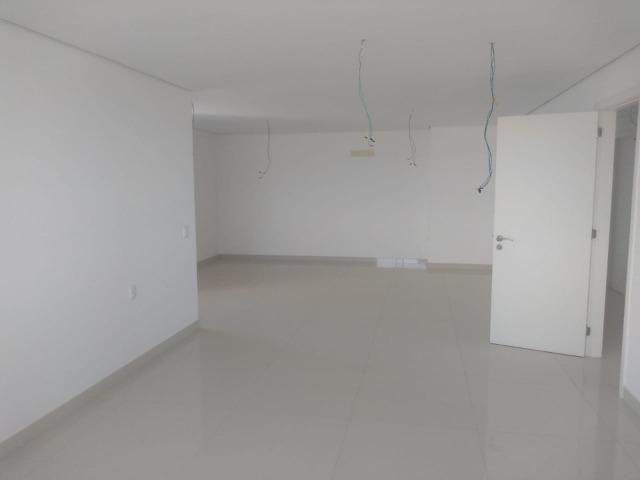 Vende um excelente apartamento de alto padrão na lagoa seca J. do note CE - Foto 8