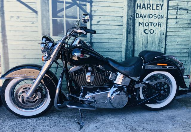 Harley Davidson Deluxe c/abs