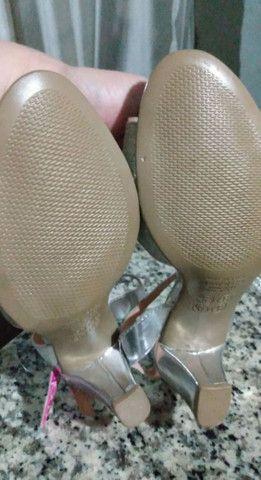 sandália prata - Foto 4