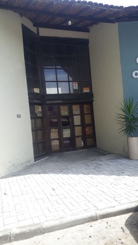 Aluga -se ponto comercial no Centro com estacionamento