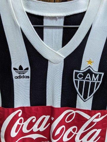 Camisa retrô Atlético anos 80 - troco por Mi Band 4 - Foto 3