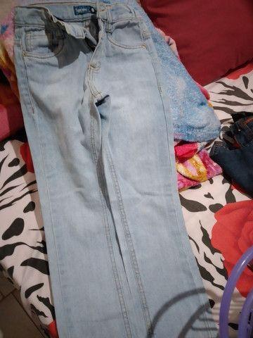 Vendo 3 calças infantil conservada  - Foto 3