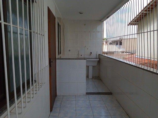 Apartamento 3 quartos sendo um suíte , 104m²,  2 vagas garagem, ótima localização - Foto 9
