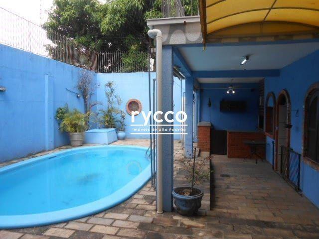 Casa, 04 dormitórios sendo 02 suítes com closet, 258m² privativos, amplo living com lareir - Foto 8