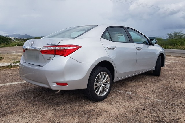 Toyota Corolla 2.0 Aut. Xei 2015 Pneus Novos Ipva 2021 Pago - Foto 7