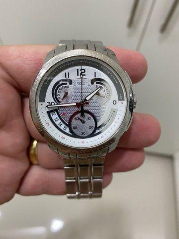Vendo relógios originais ou aceito troca por iPhone 11 ou iPhone 11 Pro  - Foto 5