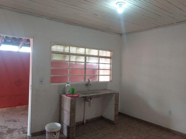Alugue casa 02 dormitórios bairro Eng. Schimitd - Foto 8