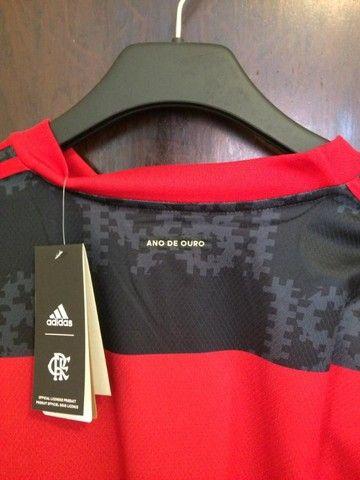 Camiseta Flamengo 20/21 - Patch Campeão Brasileiro  - Foto 3