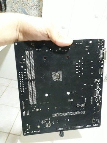 Placa mãe AMD A320M (Defeituosa) - Foto 4