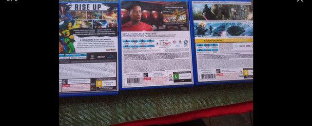 Jogos PS4 FIfa Star Wars Street fighter - Foto 2