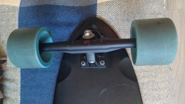 Skate Longboard semi novo - Foto 3
