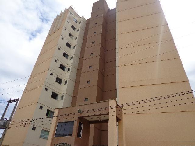 Lindo apartamento no condomínio Vila Romana. Bairro: Pedrinhas n 135, Quartos 3