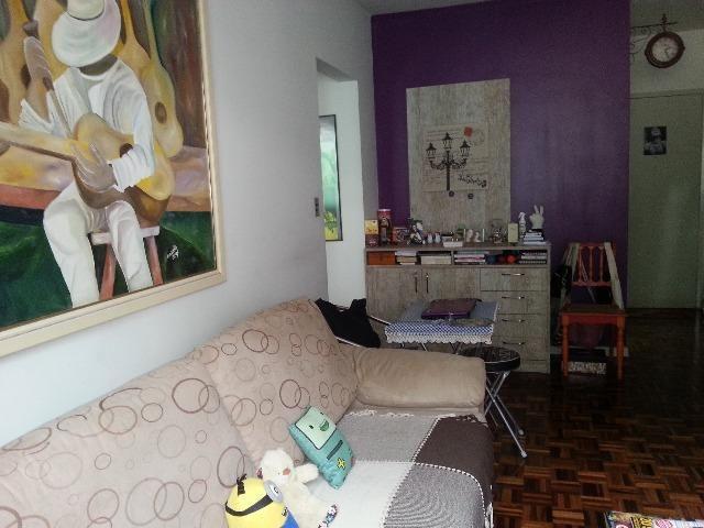 Vendo Apartamento no Centro de Vitória na Rua: Barão de Monjardim