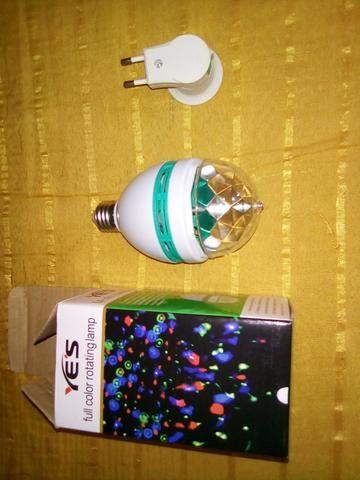 Vende-se lâmpada colorida