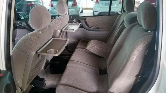 Chevrolet Zafira ZAFIRA 2.0 MPFI ELEGANCE 8V FLEX 4P MANUAL 4P - Foto 7