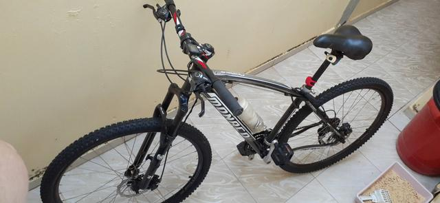 Bicicleta aro 29 top estado de Nova não andou 50km - Foto 5