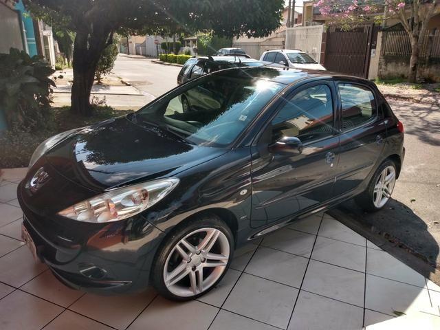 Peugeot 207 - Foto 3