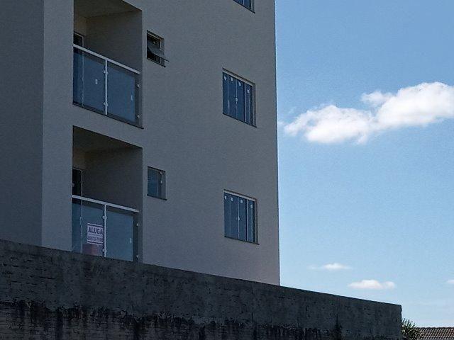 Alugo apartamento 2 quartos 1 vaga de garagem 63m centro - Foto 5