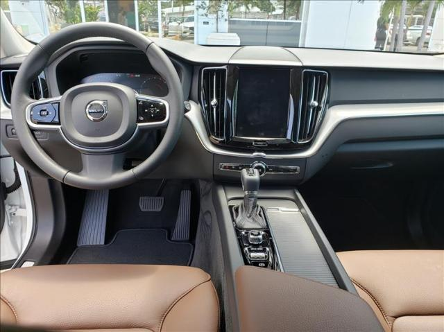 Volvo Xc60 2.0 d5 Momentum Awd Geartronic - Foto 8