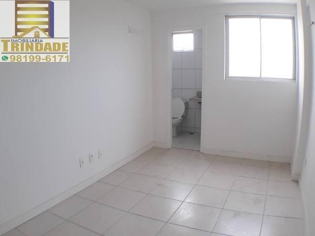 T- Apartamento Calhau, Próximo a Praia _ 3 Quartos - Foto 3
