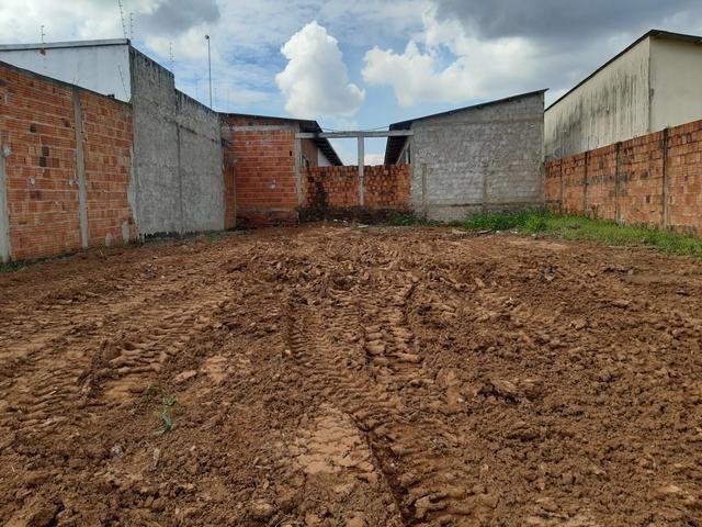 Vendo Terreno de 250m² - R$ 50.000,00