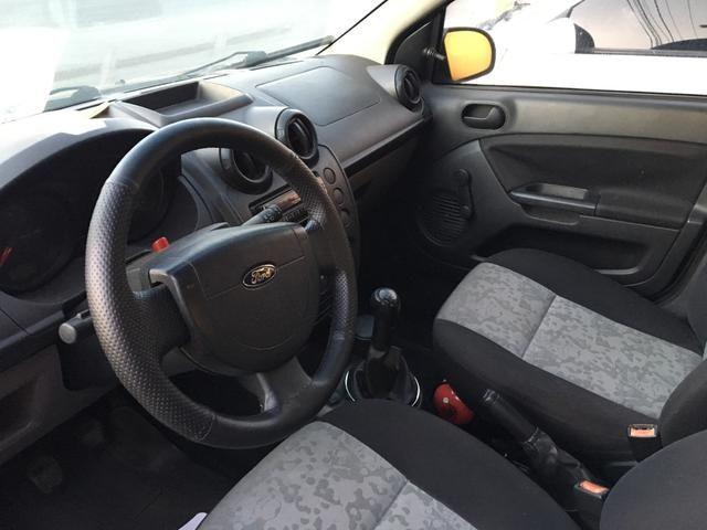 Fiesta sedan flex 1.0 Novíssimo