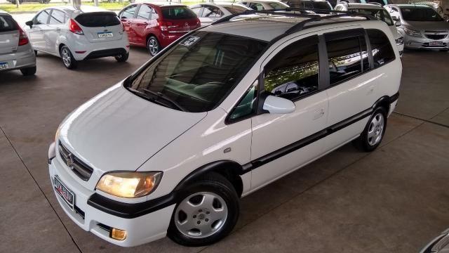 Chevrolet Zafira ZAFIRA 2.0 MPFI ELEGANCE 8V FLEX 4P MANUAL 4P - Foto 16