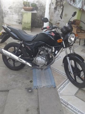 Vendo moto fan 125 ks 2010 toda em dias com placa nova - Foto 3
