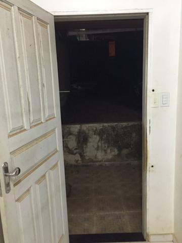 Oportunidade - Aluguel de Kitnet Próximo a Av. Brasil no Candeias - Foto 8