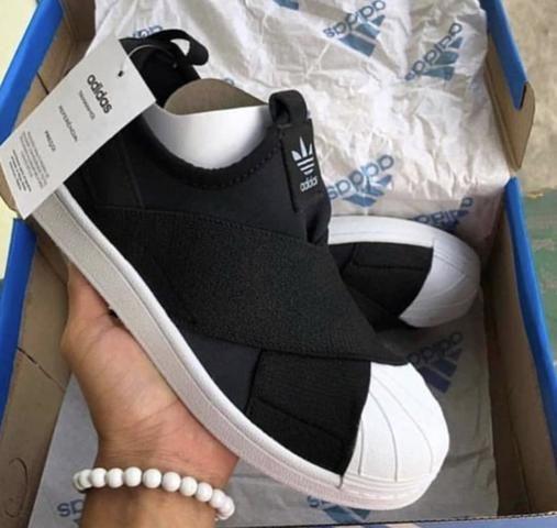 pretty nice d15b2 0b57e Tênis adidas slip on R$99,90