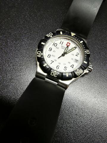 Victorinox summit xl