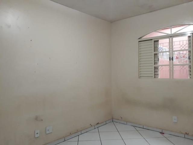 Excelente casa 2 quartos, garagem 3 carros, base para sobrado Riacho Fundo II - Foto 11