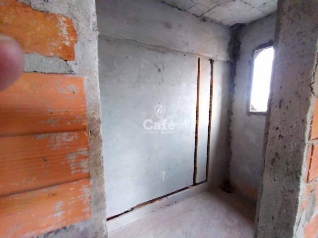 Òtimo empreendimento com 2 Dormitórios, 1 suíte, garagem, sendo localizado em um bairro no - Foto 4
